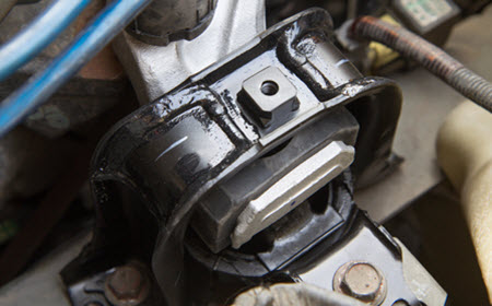 Ferrari Engine Mount Inspection